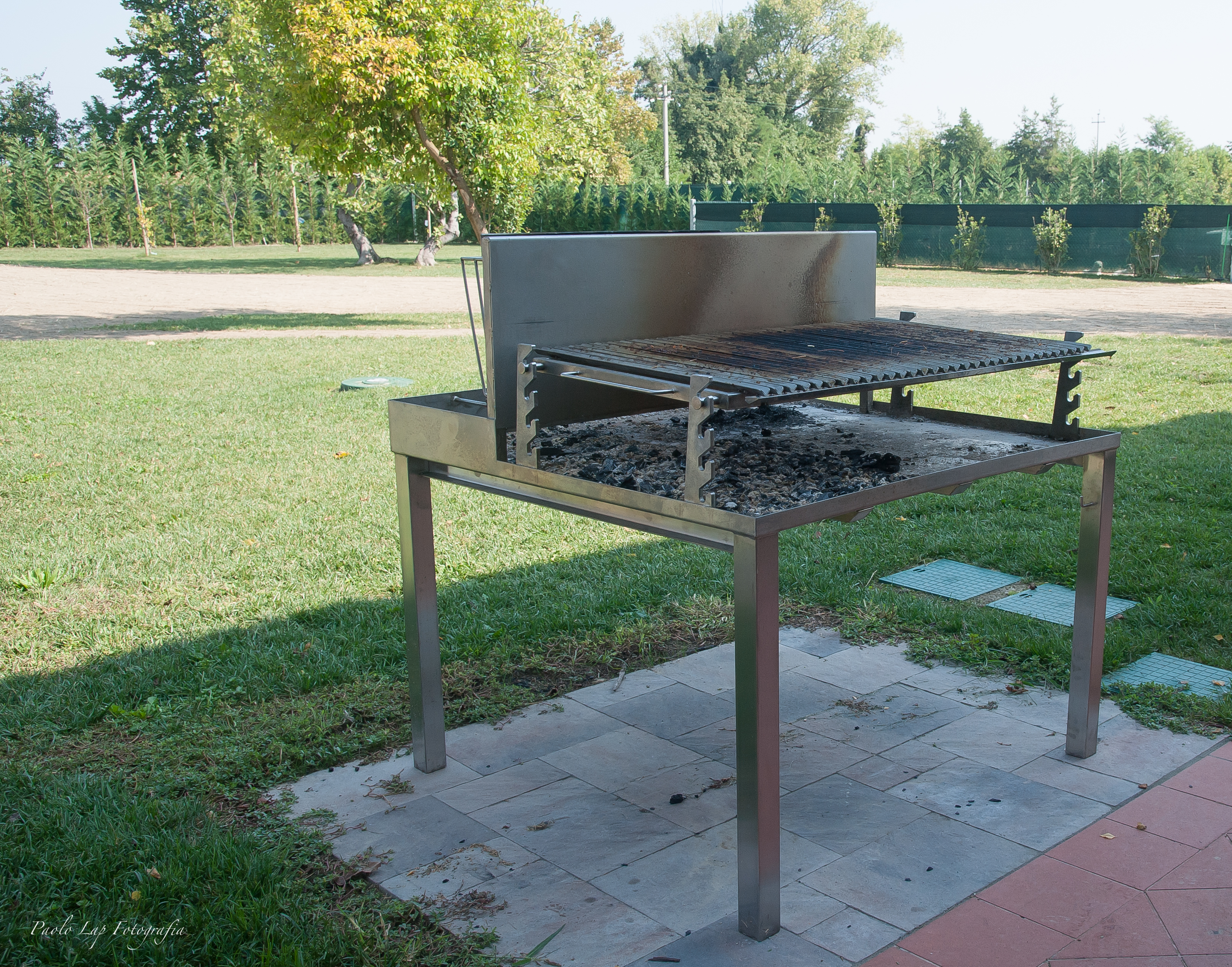 Barbecue in metallo