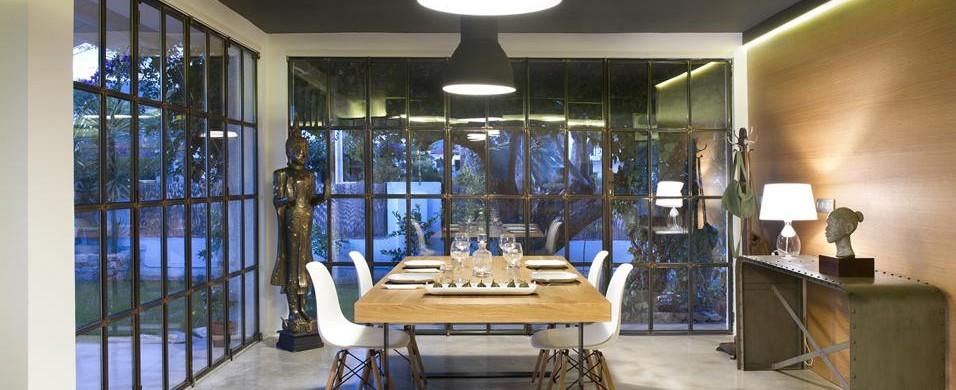 A valencia le pareti in vetro e ottone...   lormet steel design ...