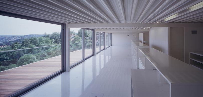 Luce, spazio e ferro: la casa che domina Stoccarda - Lormet Steel ...